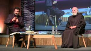 Anselm Grün abordó el tema de la fragilidad interior en conversatorio con Cristian Warnken