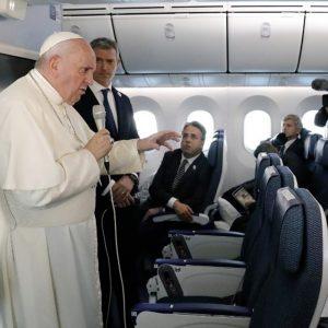 """Papa Francisco: """"Lo que está sucediendo en Chile me asusta"""""""