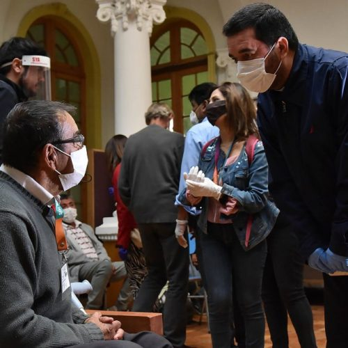 """Arzobispo de Santiago al finalizar Semana Santa: """"Debemos ofrecer nuestra ayuda a los enfermos"""""""