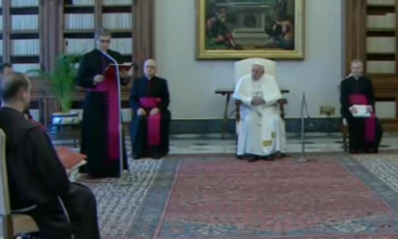 Catequesis del Papa: La oración es la primera fuerza de la esperanza