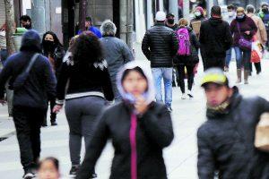 """""""Es muy preocupante ver tanta gente en las calles y muchos de ellos sin las medidas de seguridad necesarias"""""""