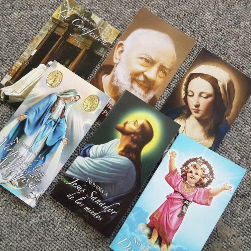 Set de novenas disponibles en la librería virtual de SAN PABLO